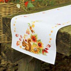 Pearlaida loper kit Eekhoorn in de herfst