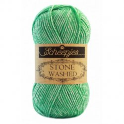 Stone Washed. Pendikte 3-3,5 mm. Kleur 826 Forsterite Scheepjeswol