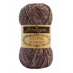 Stone Washed. Pendikte 3-3,5 mm. Kleur 829 Obsidian Scheepjeswol C