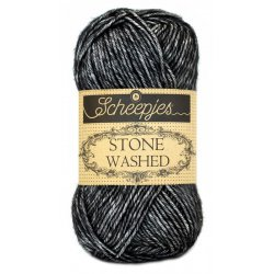 Stone Washed. Pendikte 3-3,5 mm. Kleur 803. Black Onyx. Scheepjeswol.