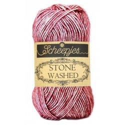 Stone Washed. Pendikte 3-3,5 mm. Kleur 808. Corundum Ruby. Scheepjeswol.