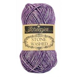 Stone Washed. Pendikte 3-3,5 mm. Kleur 811. Deep Amethyst. Scheepjeswol.