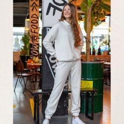 Stof voor Sweater en broek modellen M2151 en M2152 uit My Image herfst winter 2021 art  Alpenfleece Uni 14370 ecru 051