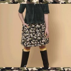 Pakket Rok Hedge uit Stitched By You herfst winter 2021 art French Terry Stof Camouflage16551 Kakigroen 026