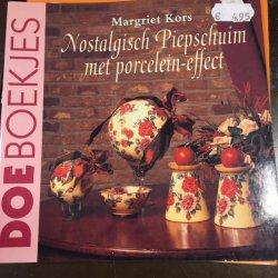 Boekje Nostalgisch Piepschuim met Procelein-effect