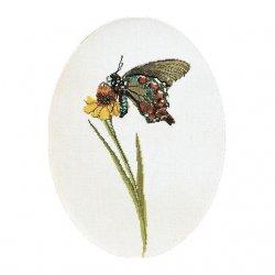 Thea G.Vlinder Bruin-Groen op Aida of Linnen