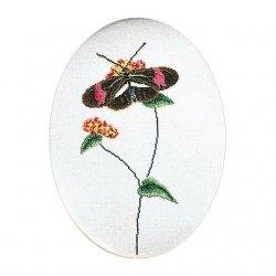 Thea G.Vlinder bruin-rose op Aida of Linnen