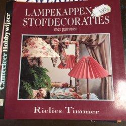 Boekje Lampekappen en Stofdecoraties met Patronen